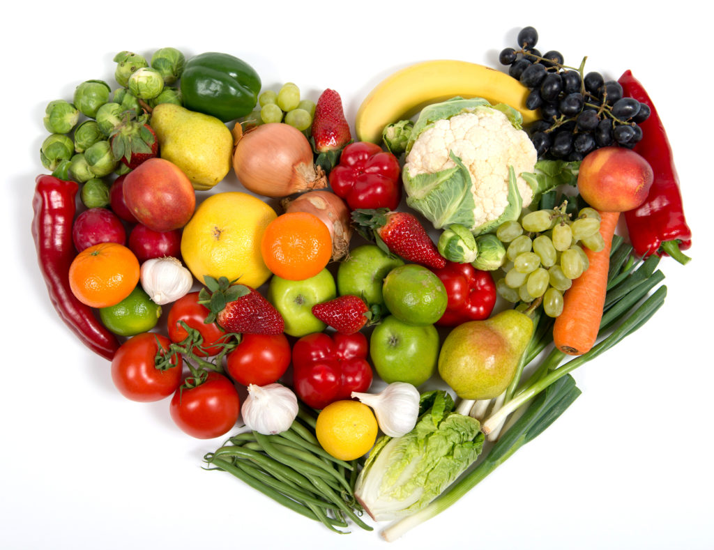 vegetables-fruit-mixed-heart_nutriverus_organic_health